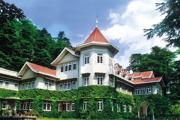 WelcomHeritage Woodville Palace Hotel Shimla