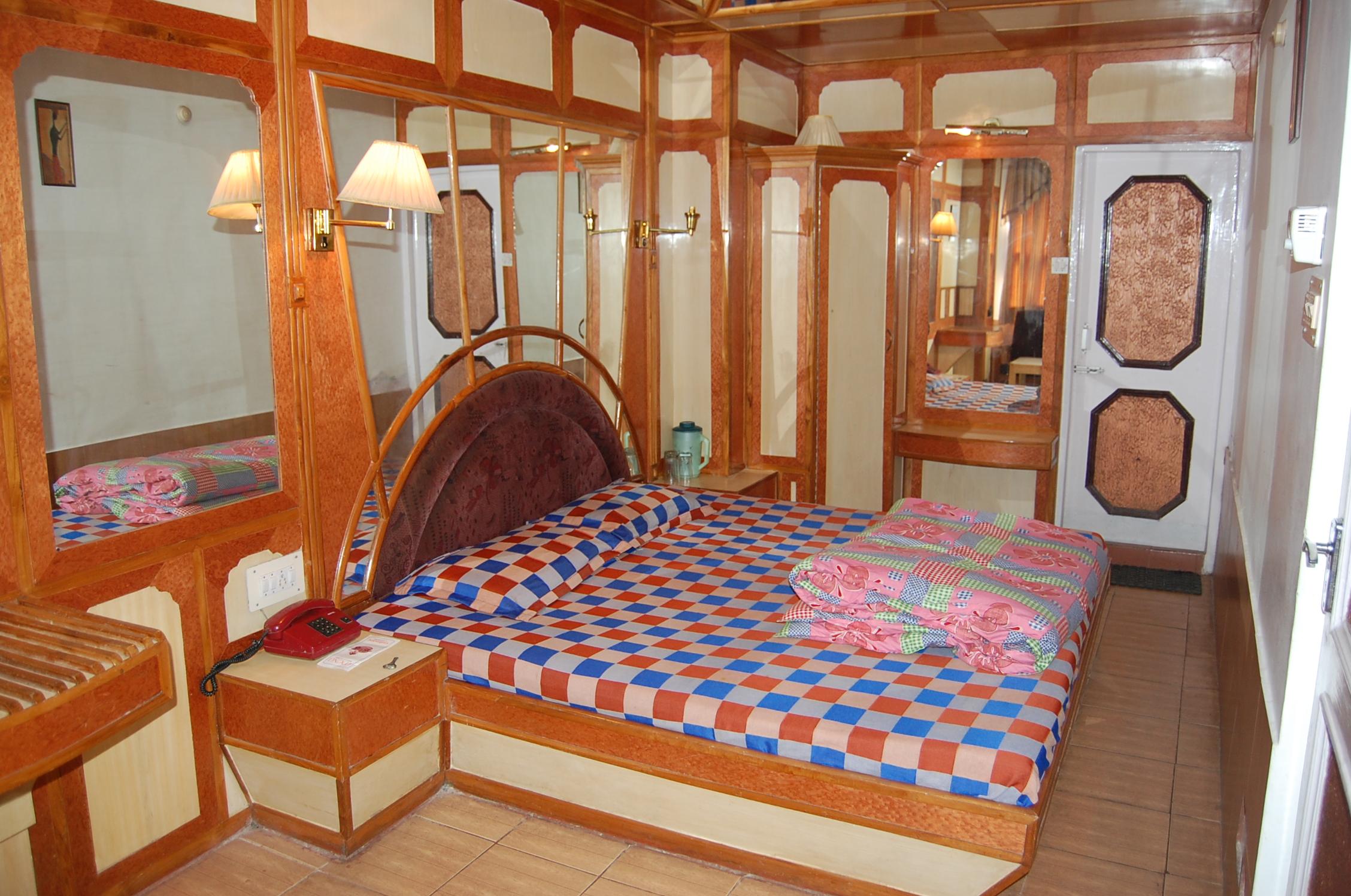 Gulmarg Regency Hotel Shimla Rooms Rates Photos
